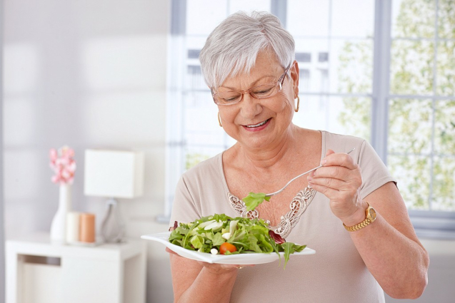 Tips for How Senior Women Can Stay Heart-Healthy